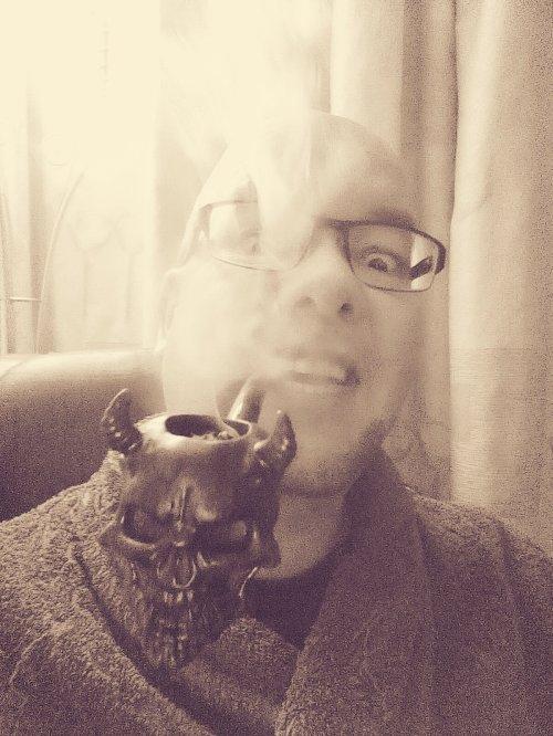 dutch_pipe_smoker_halloween_2016